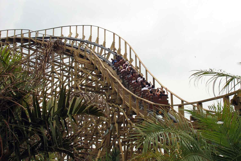 El Toro rollercoaster