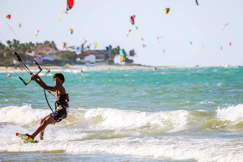 Cabarete beach kitesurfing