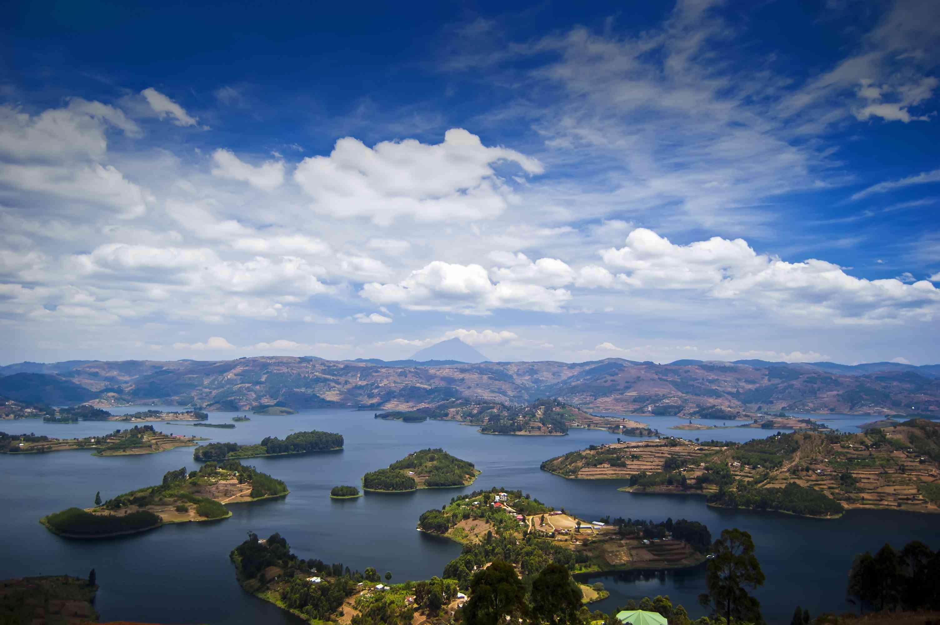 Overview of Lake Bunyonyi, Kabale