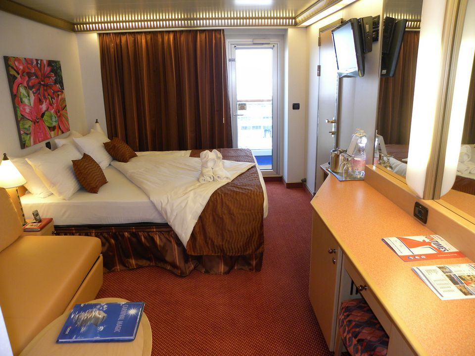 Carnival Magic - Balcony Cabin