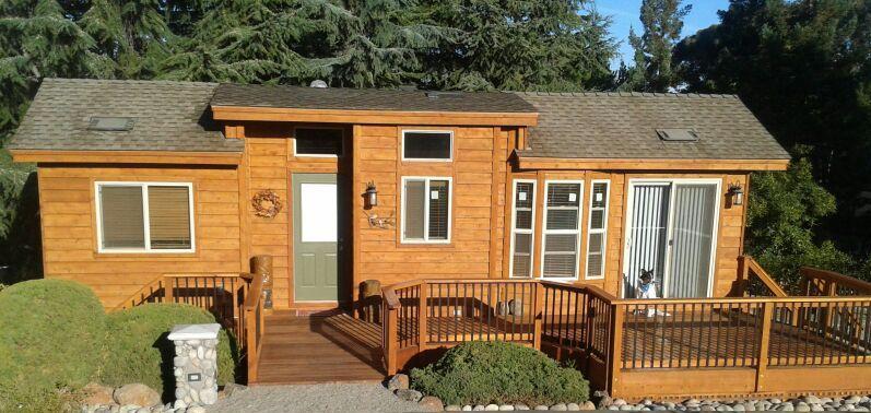 Park model RV that looks like a log cabin