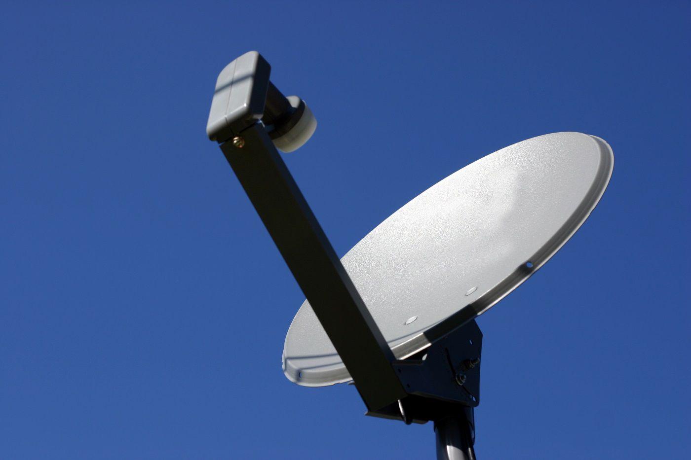 đĩa vệ tinh
