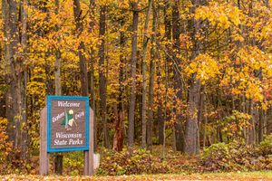 Entrance to Wisconsin State Park in Autumn