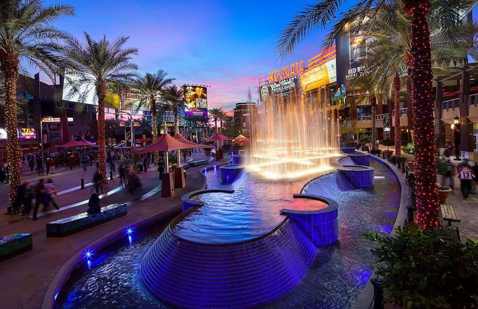 Fountain at the Westgate Entertainment District