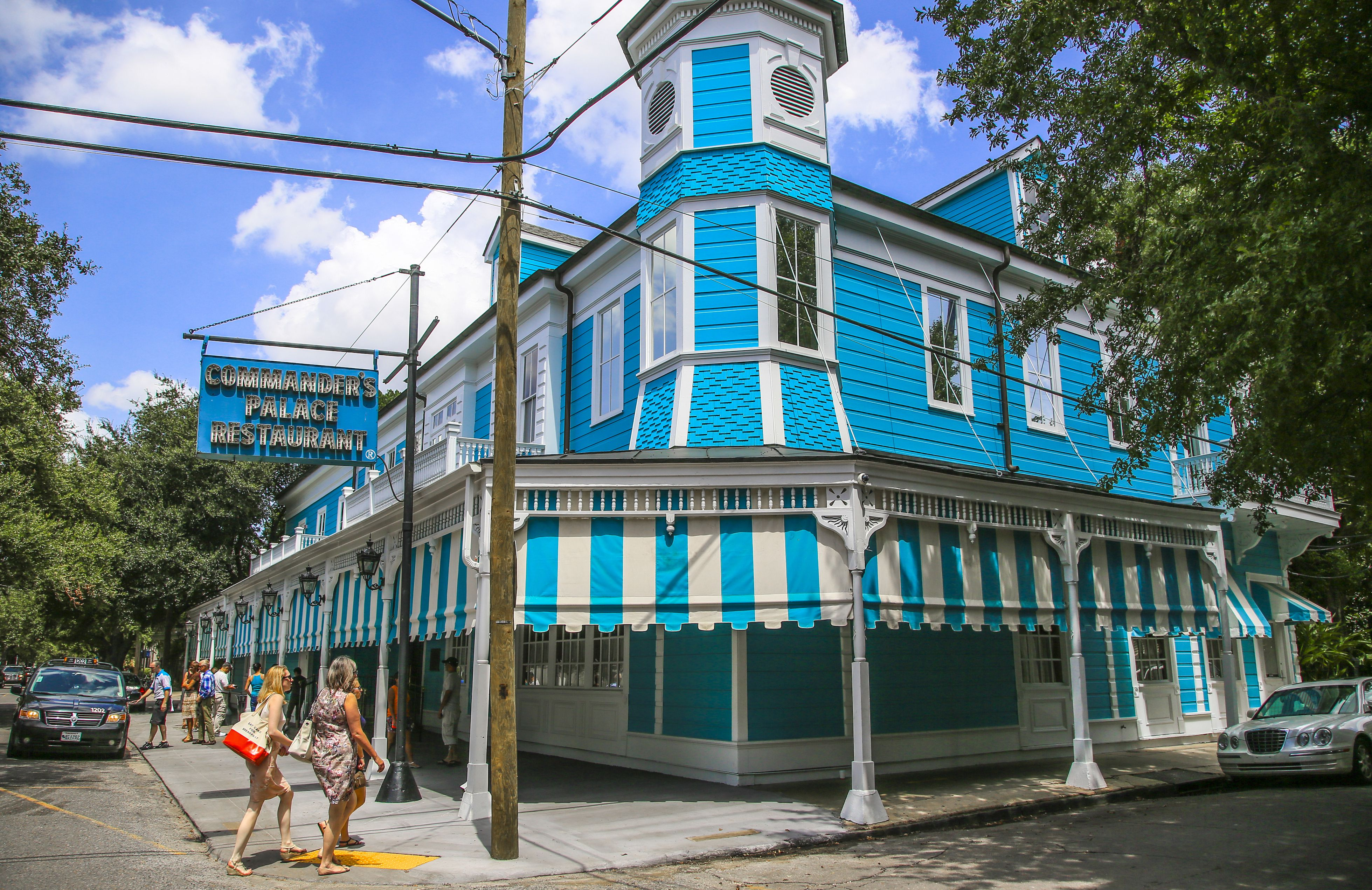 Weird things to do in new orleans kids matttroy for Things to do in the garden district