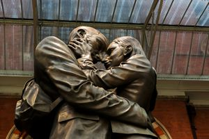 St Pancras Statue of the Lovers