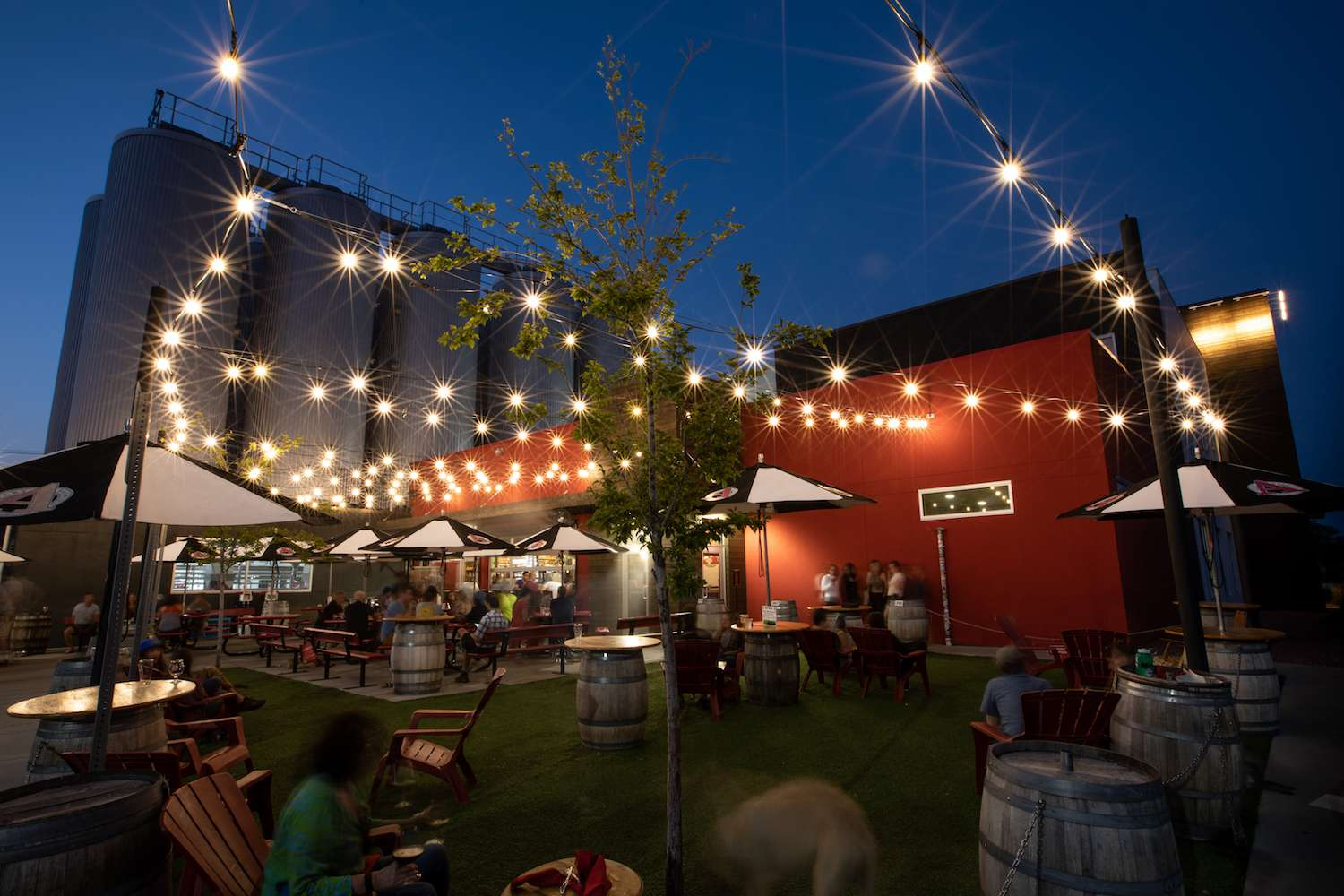The outdoor patio at Avery Brewing
