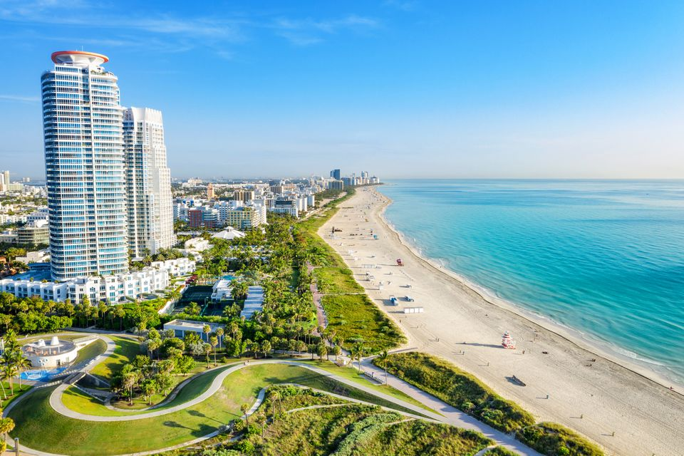 South Beach Miami desde South Pointe Park, Florida, EE. UU.