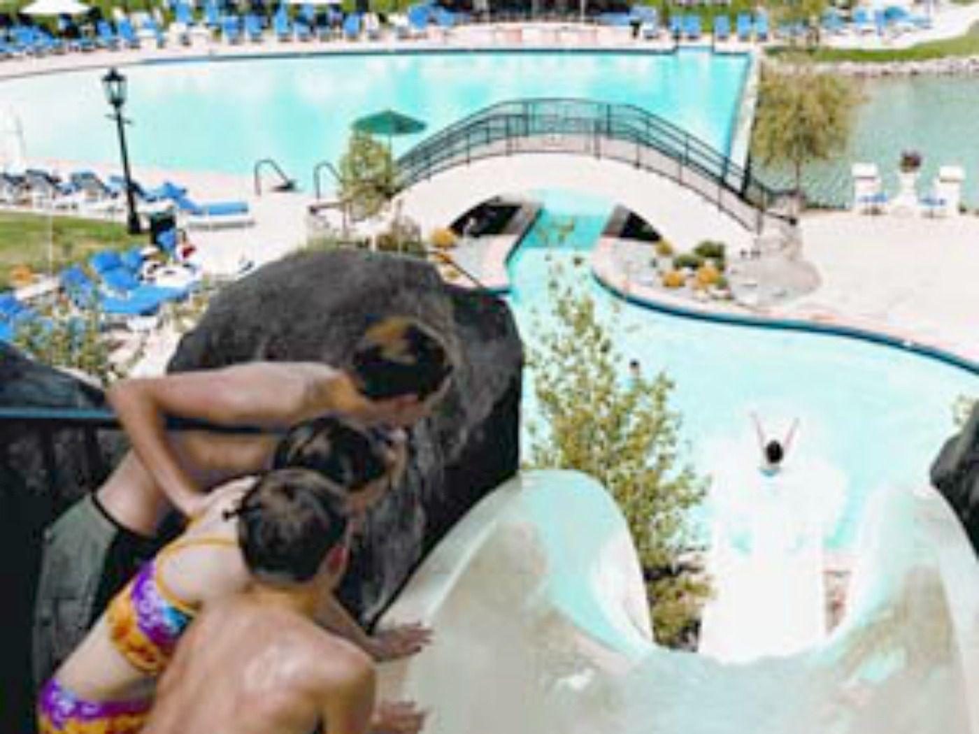 The Broadmoor Colorado Springs pool