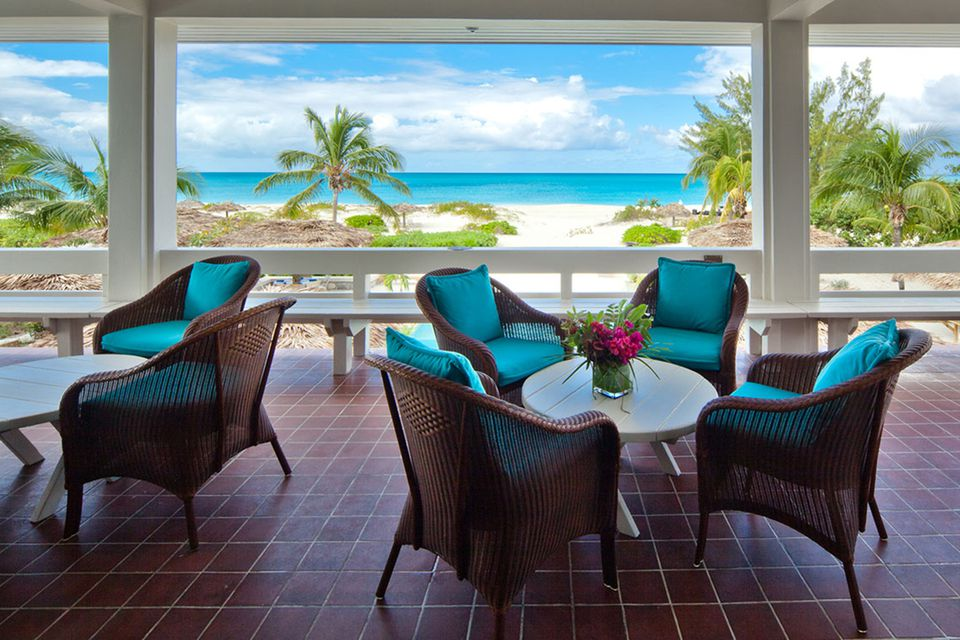 Best luxury and all inclusive private island resorts the meridian club publicscrutiny Choice Image