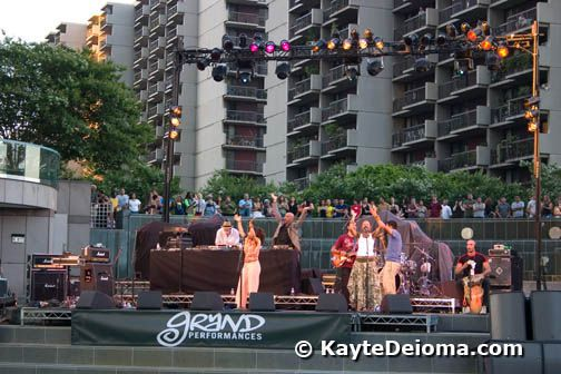 Grand Performances at California Plaza