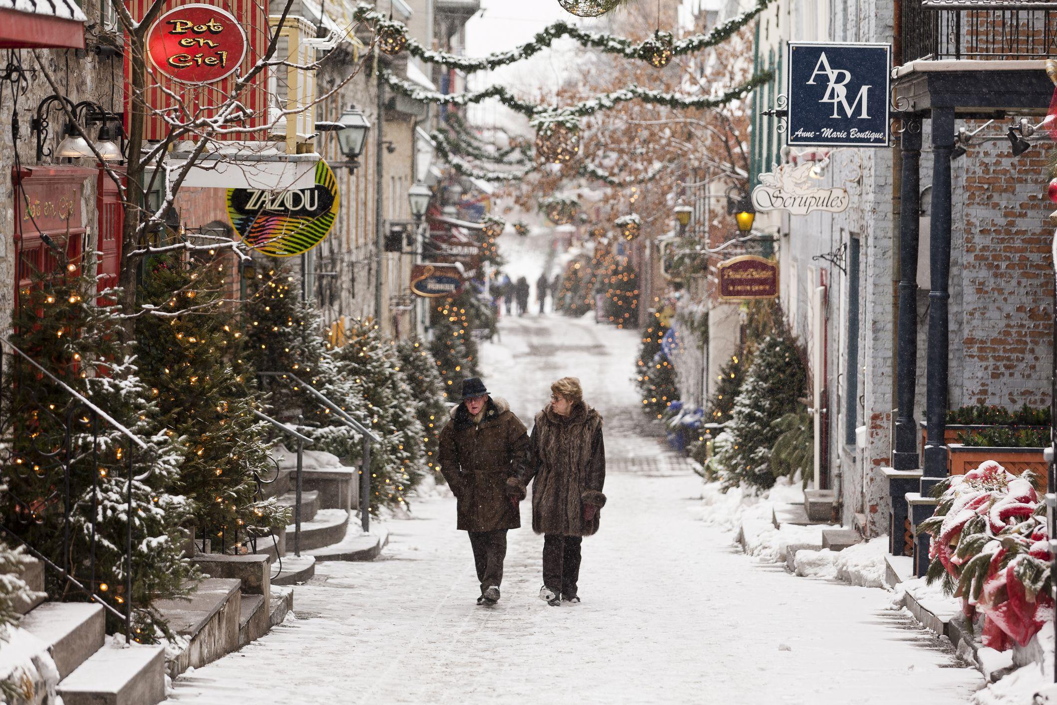Rue du Petit-Champlain in winter