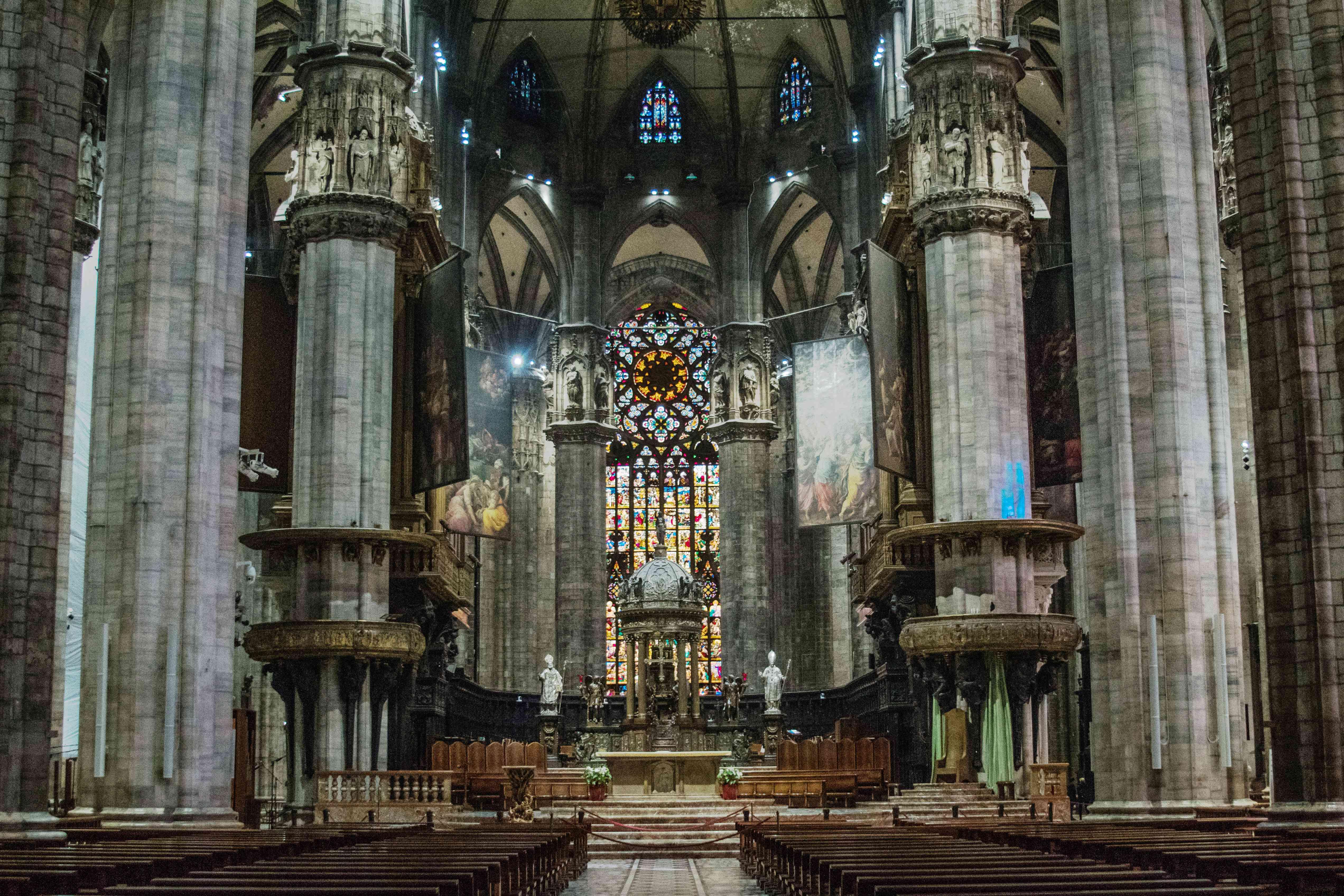 Dentro de la Catedral de Milán