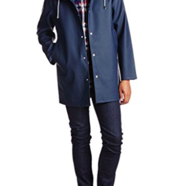 a8441c905d8 The 7 Best Raincoats of 2019