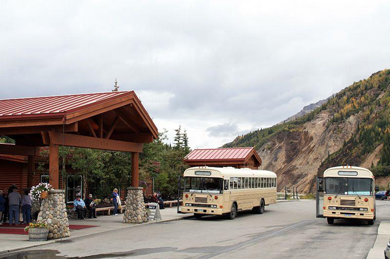 Denali Bus Tours Picking Up at McKinley Chalet (Angela M. Brown 2010)