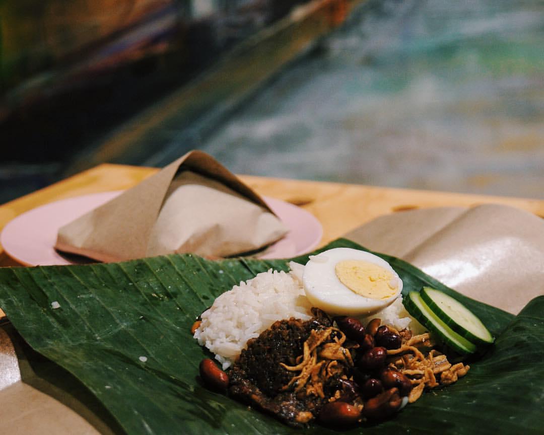 Nasi lemak served on a banana leaf at Old Lane