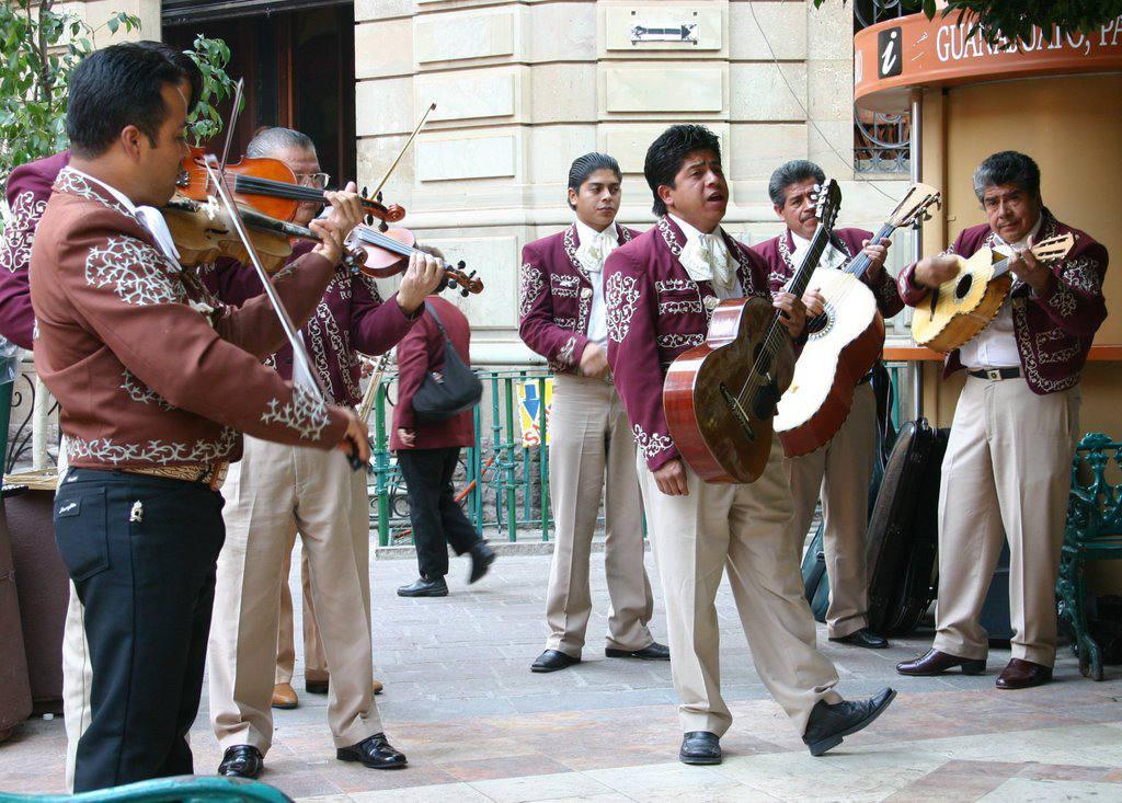músicos en Guanajuato México