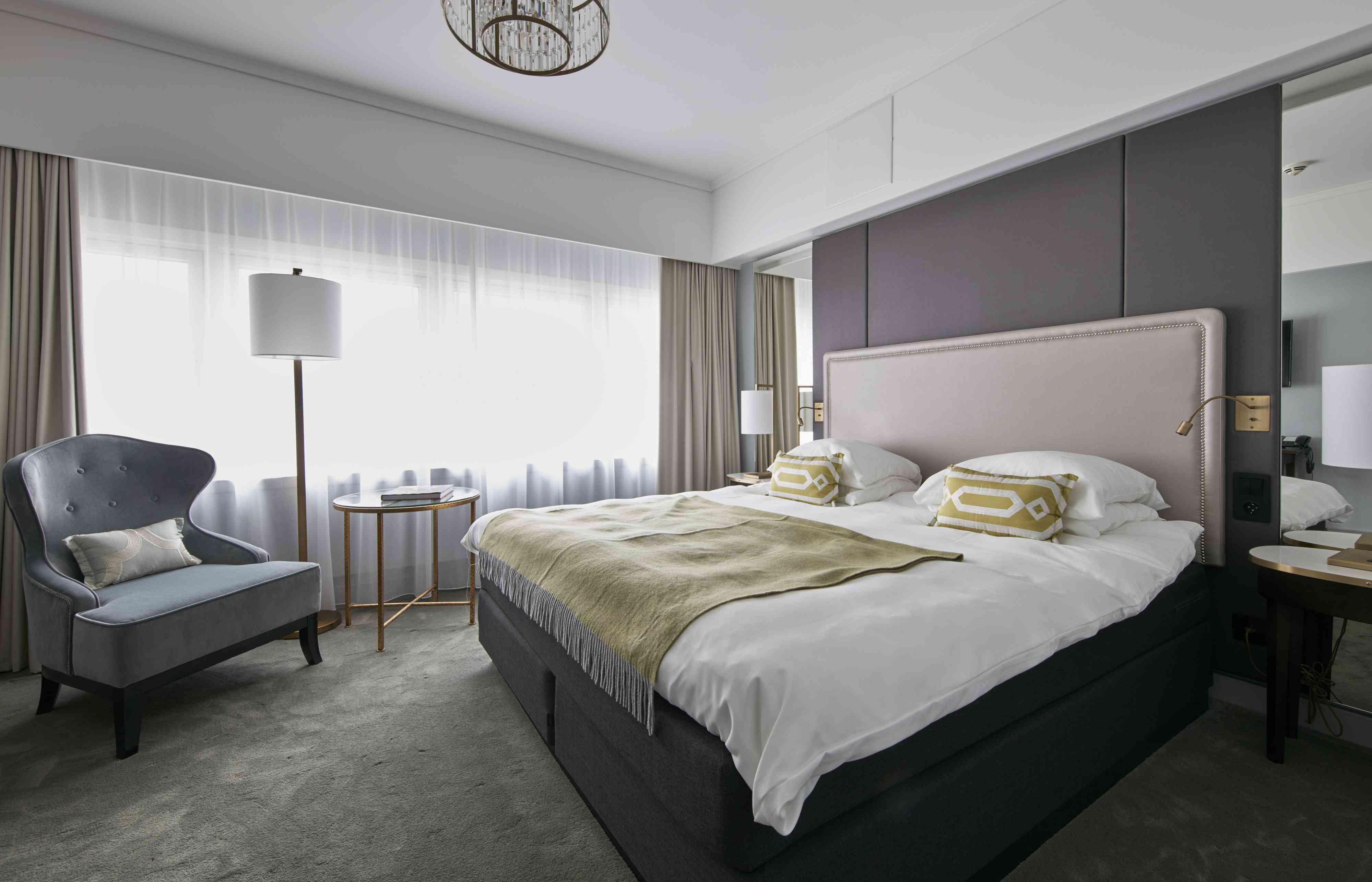 Superior room at Grand Hotel Oslo