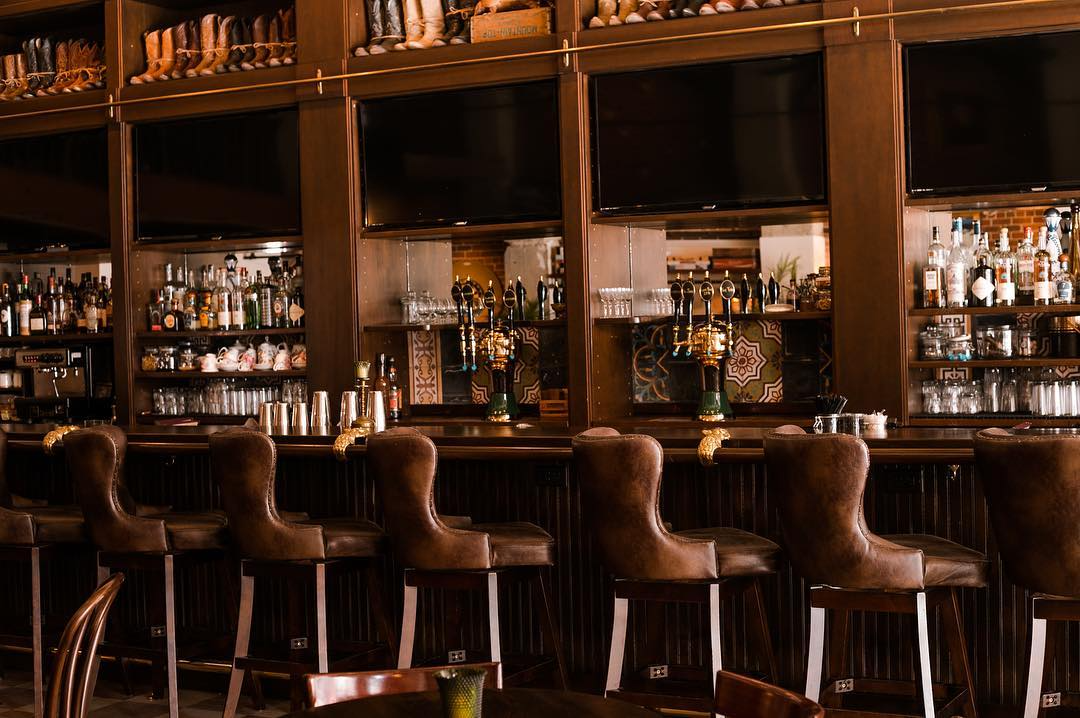 The 8 Best Happy Hours in Miami