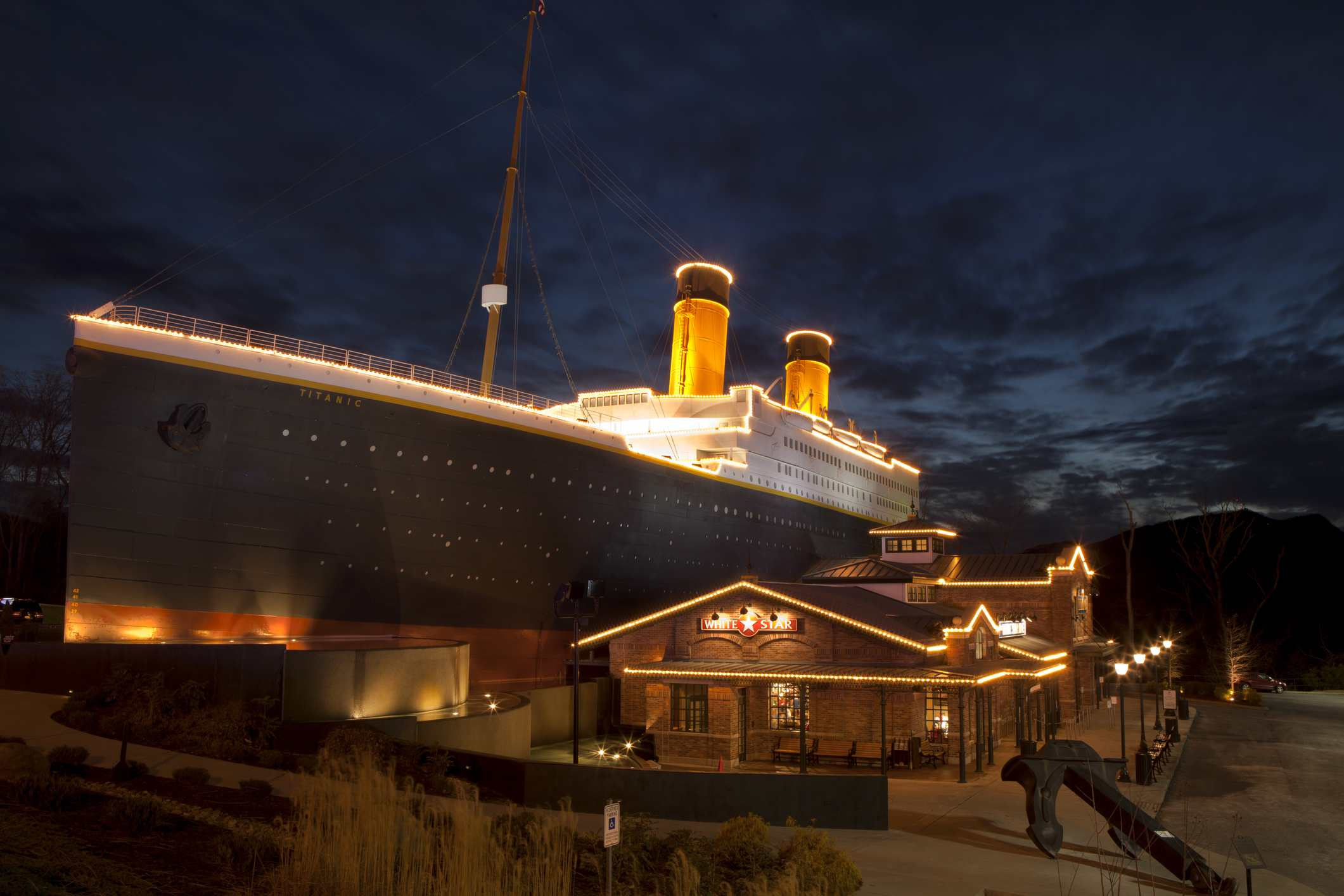 . The facade of the building resembles the world's most famous luxury liner, RMS Titanic.