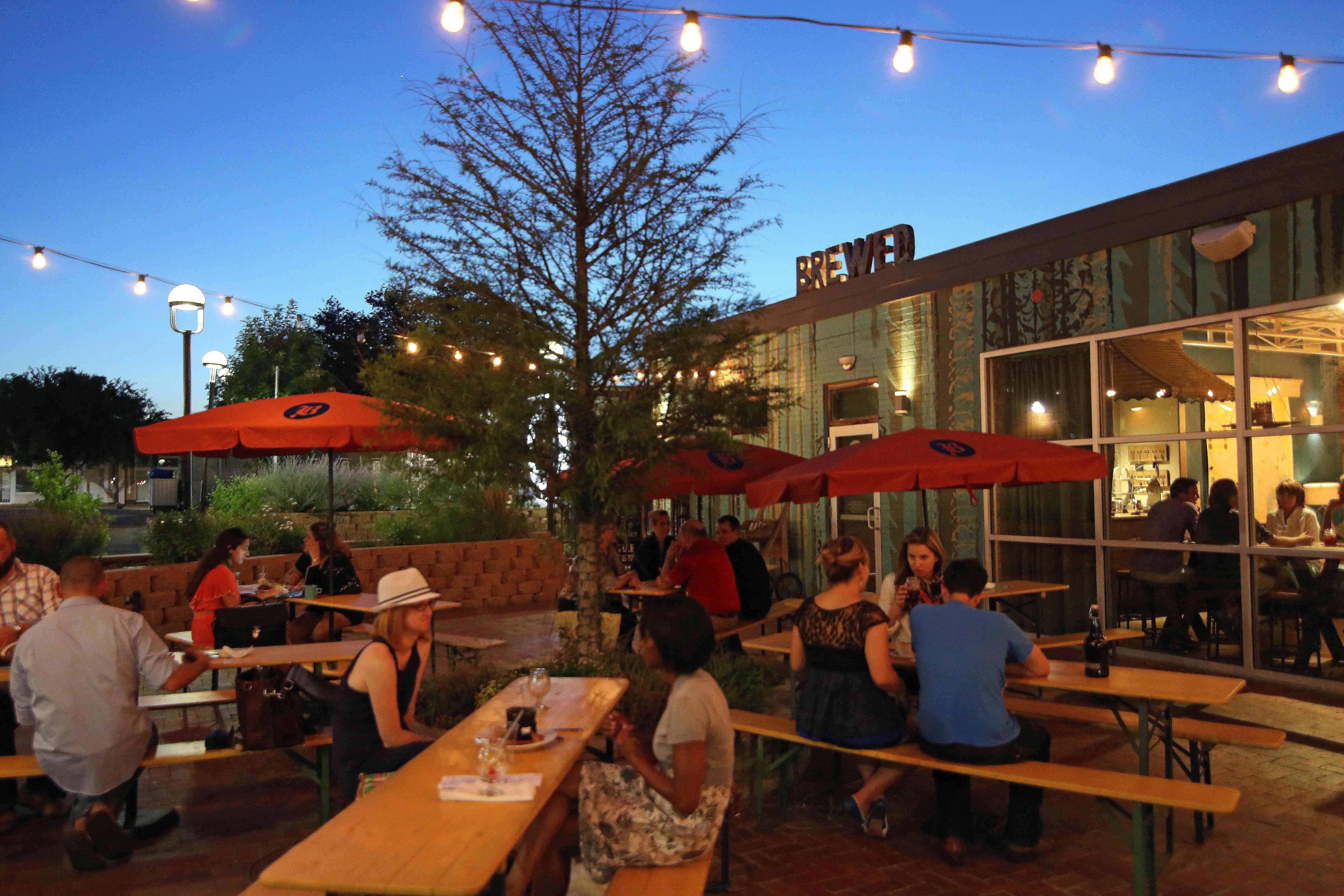 patio at Brewed on Magnolia Ave