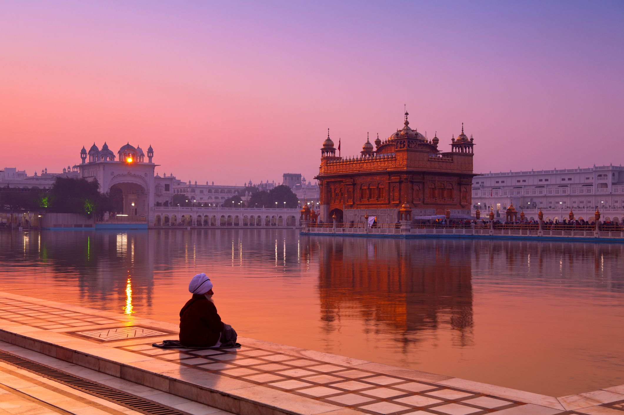 india's golden temple in amritsar: essential travel guide