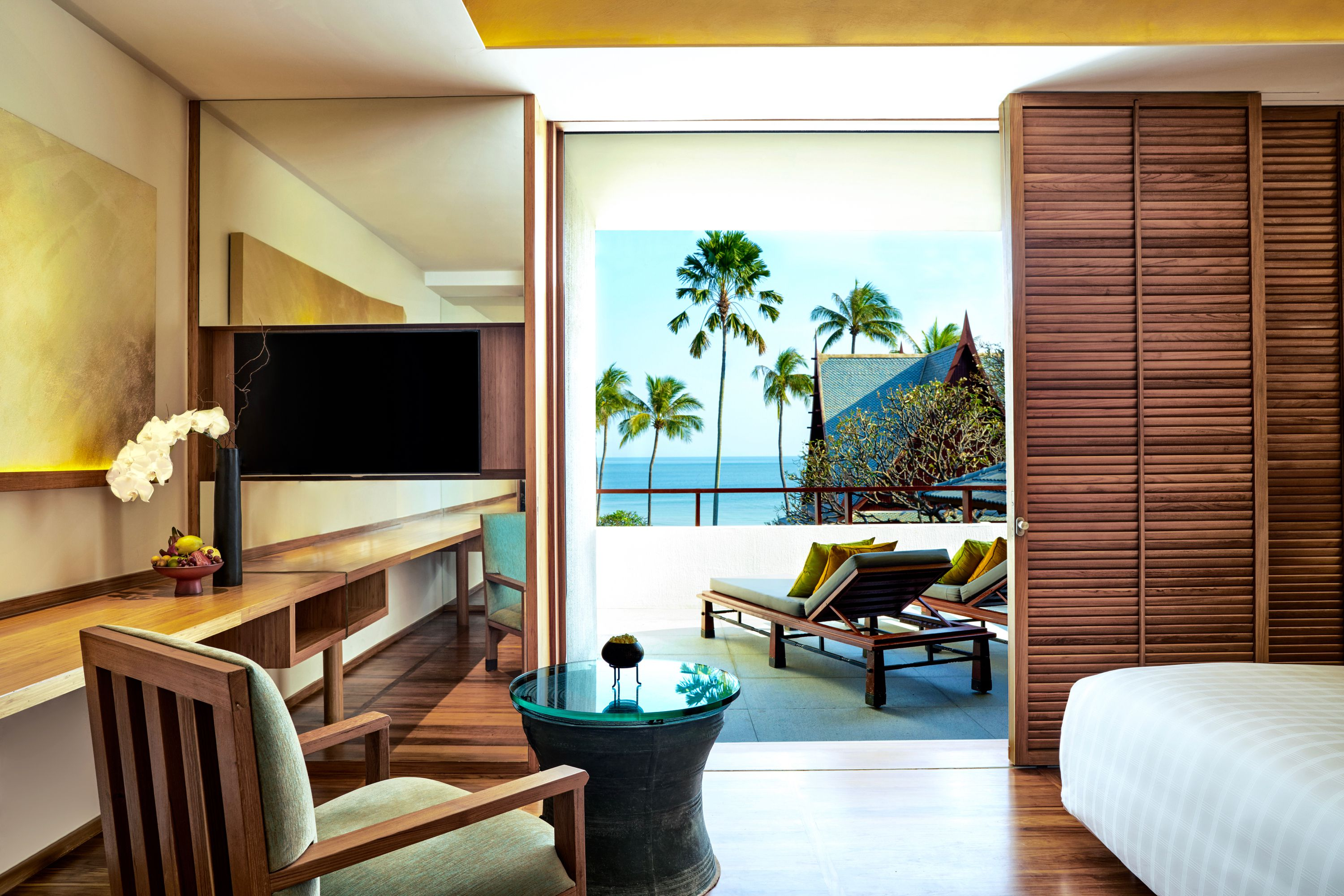 Best hotels and resorts all over thailand
