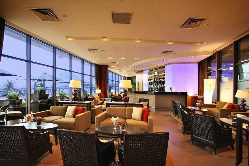 Singapore Flyer Lounge