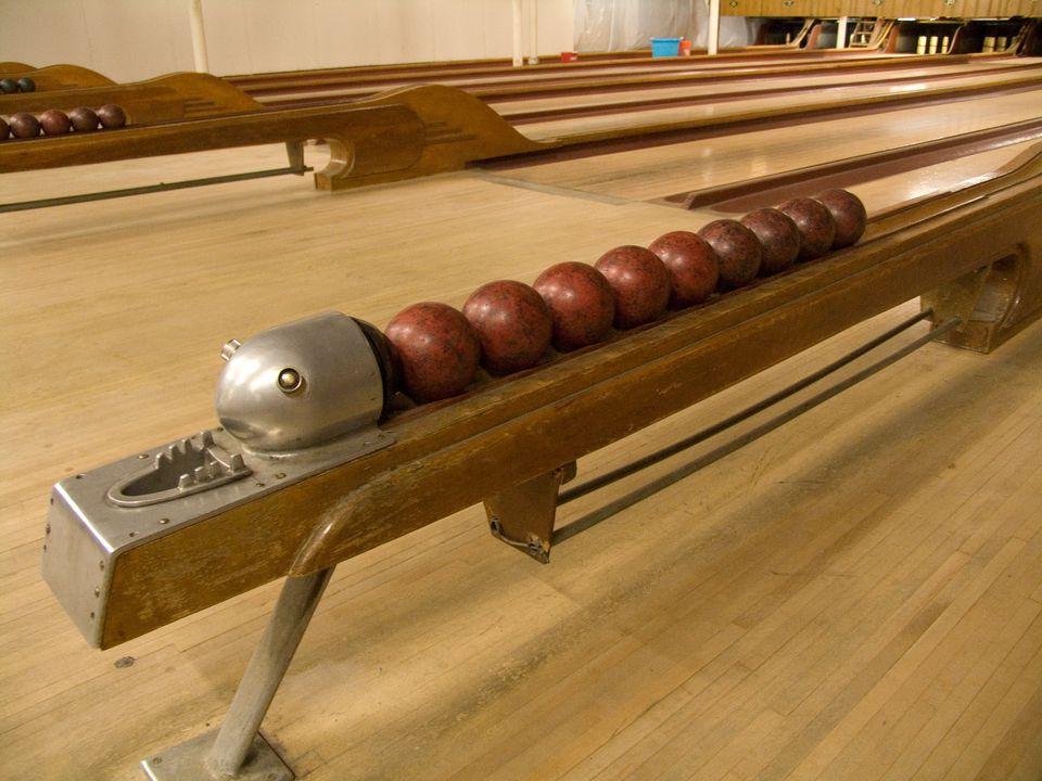 Candlepin-bowling.jpg
