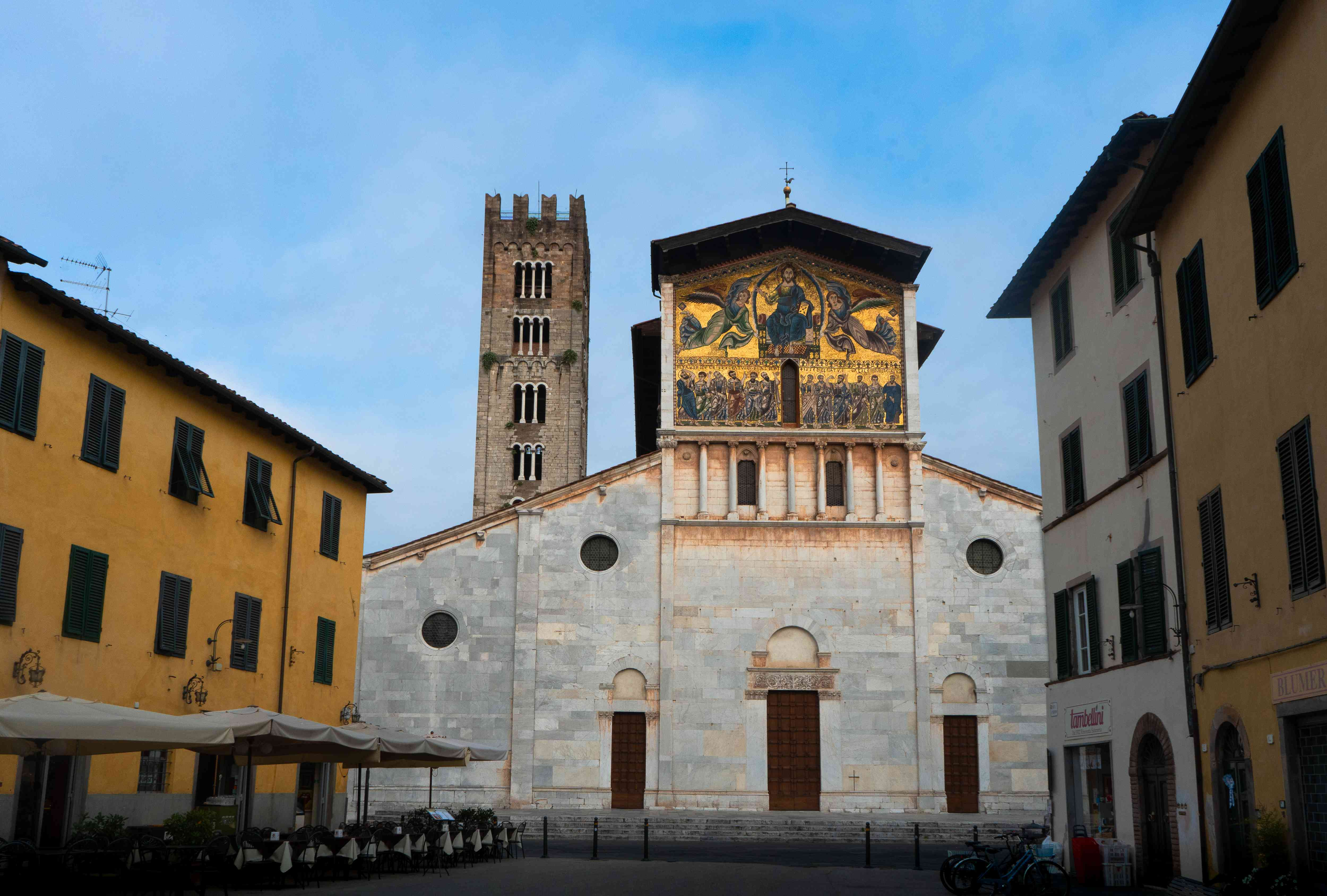 The exterior of the San Frediano Church