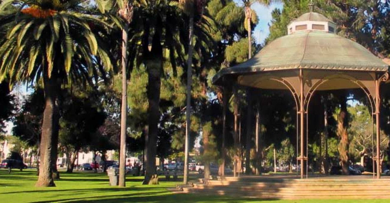 Spreckels Park dome and palm trees