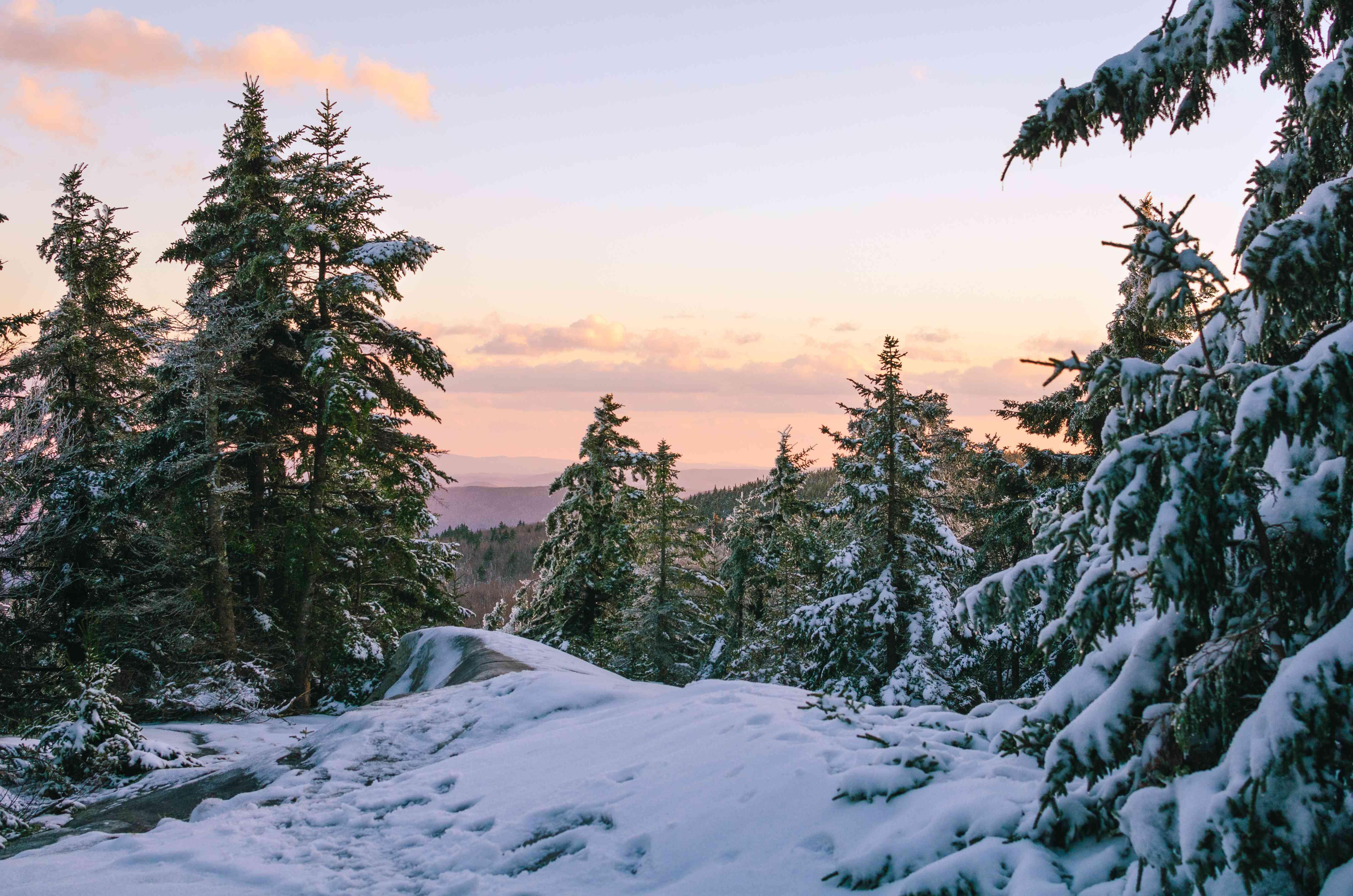 Early Snow On Mt Sunapee
