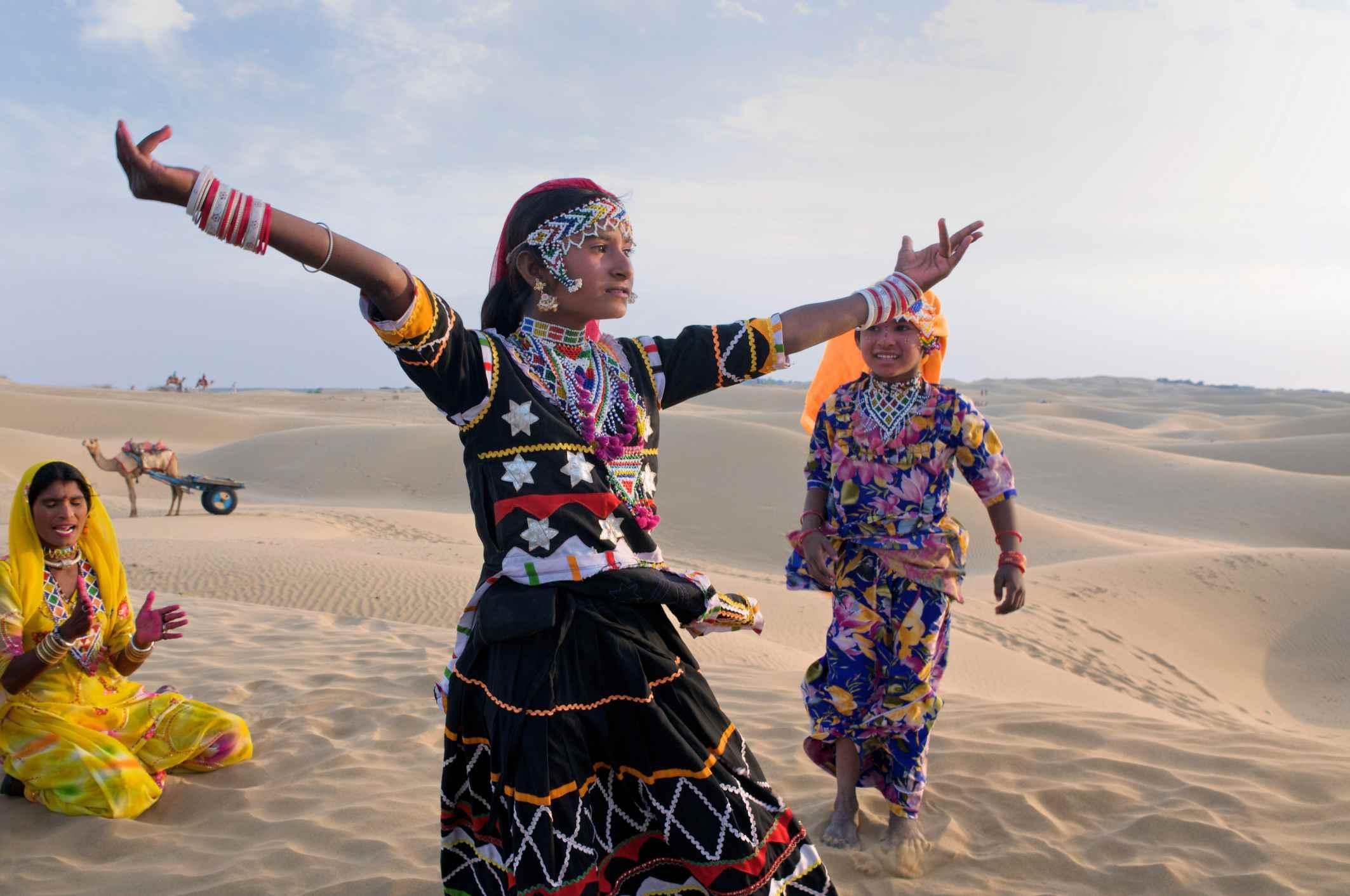 Dancers at Sam Sand Dunes near Jaisalmer, India