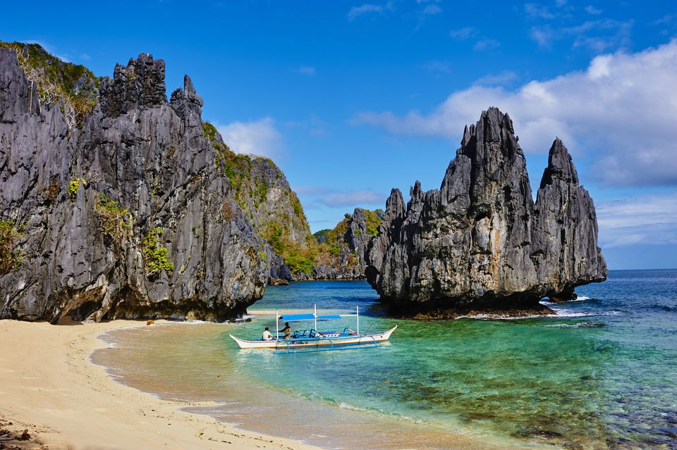 Transportation to El Nido, Palawan, Philippines