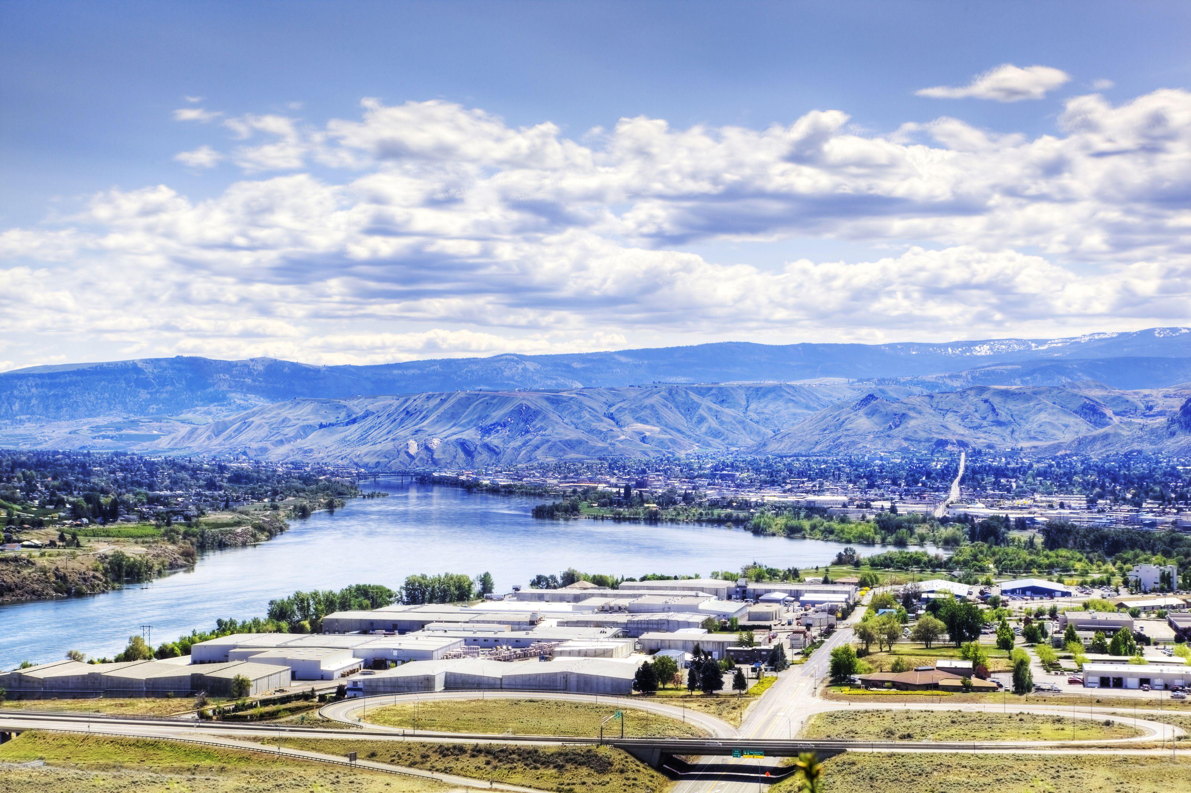 Wenatchee cityscape and mountain landscape, Washington, United States