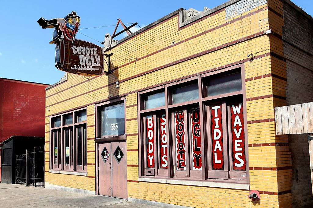 Coyote Ugly Saloon in Memphis, Tennessee