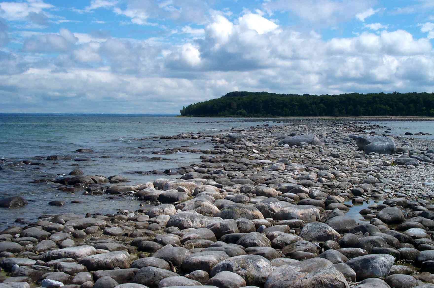 Rocky shore on the tip of Old Mission Peninsula in Traverse City, Michigan