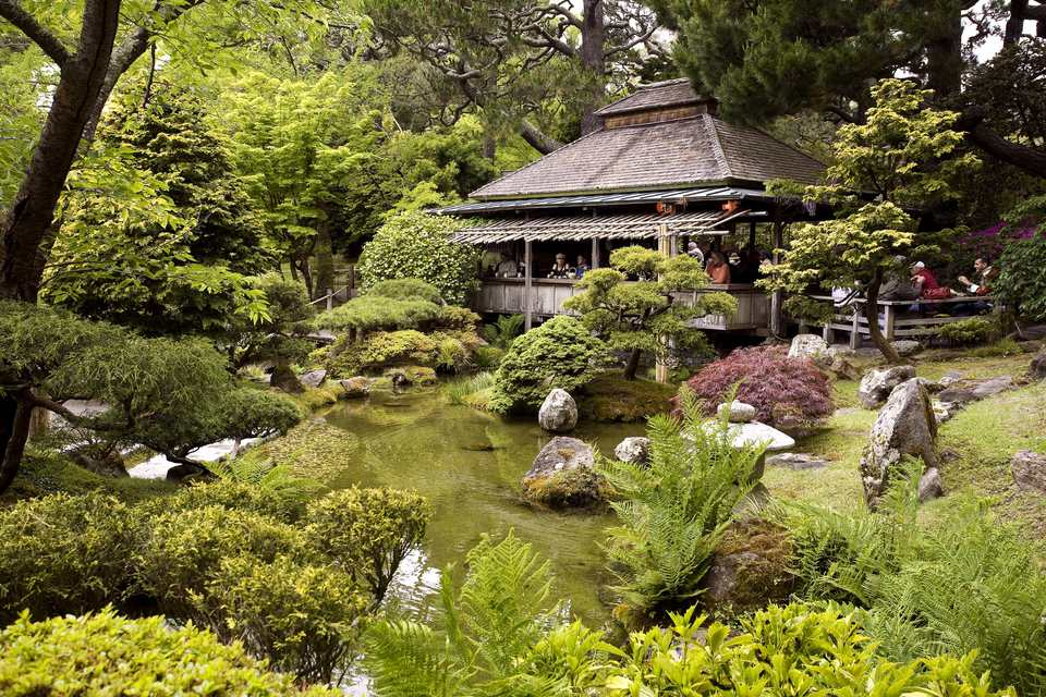 Tea House, Japanese Tea Garden in Golden Gate Park, San Francisco