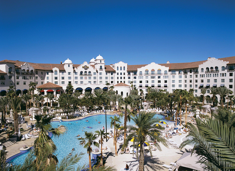Hard-Rock-Hotel-Pool.jpg