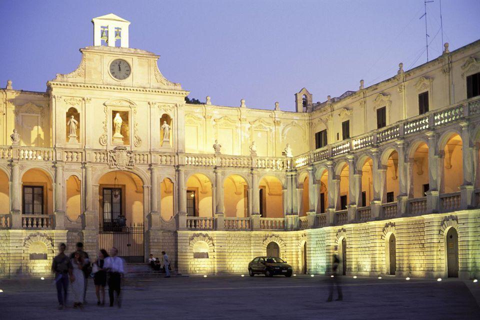 Piazza Duomo photo