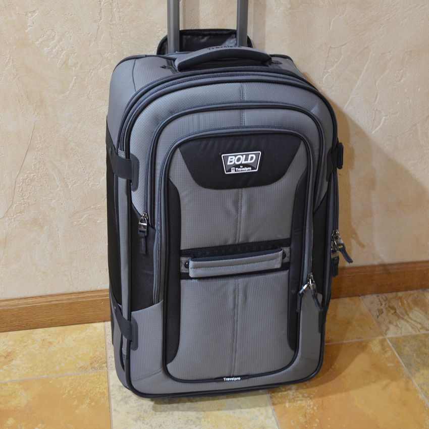 Travelpro Bold Expandable Rollaboard