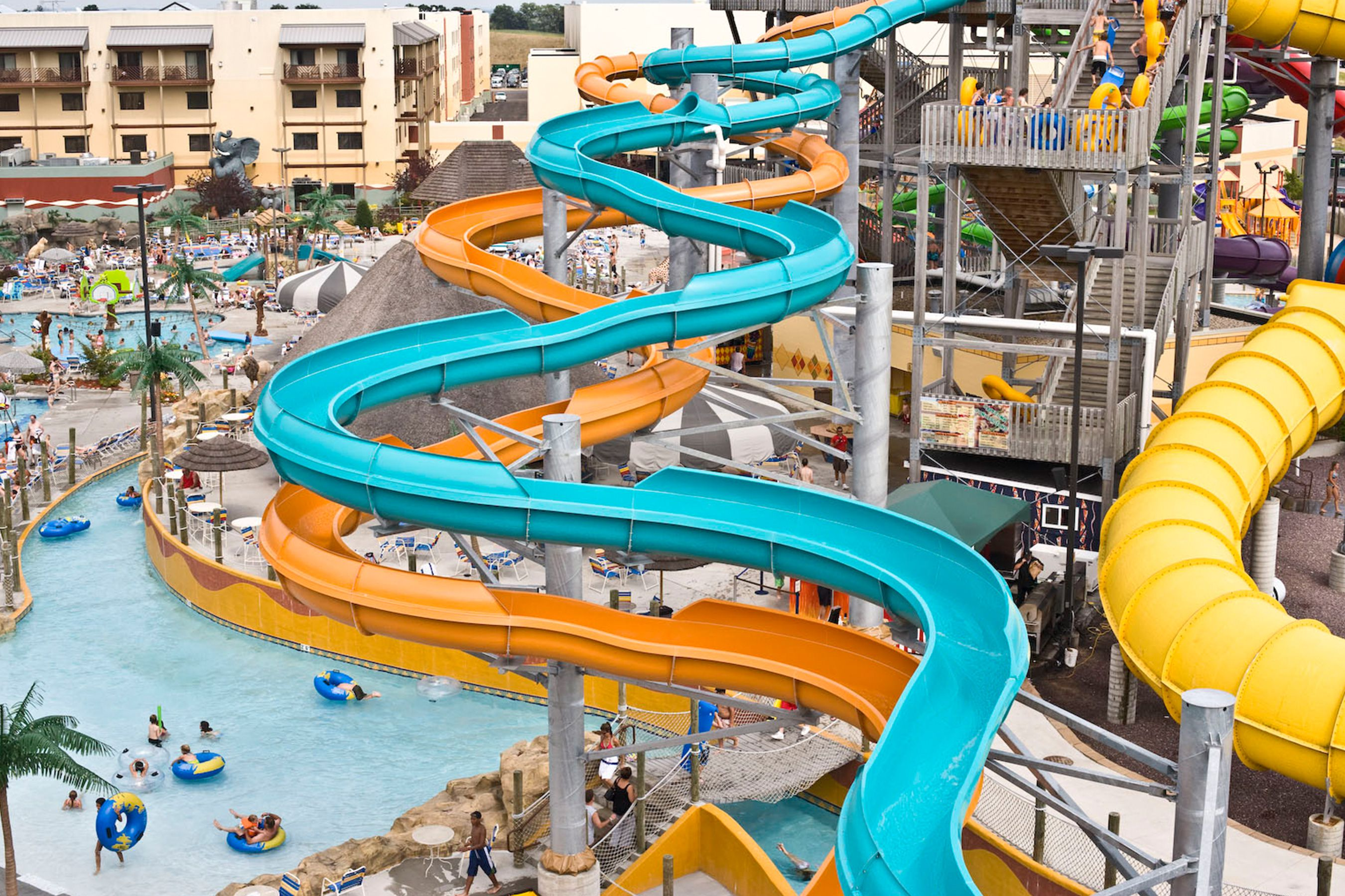 The Best Hotel Water Parks Near Milwaukee