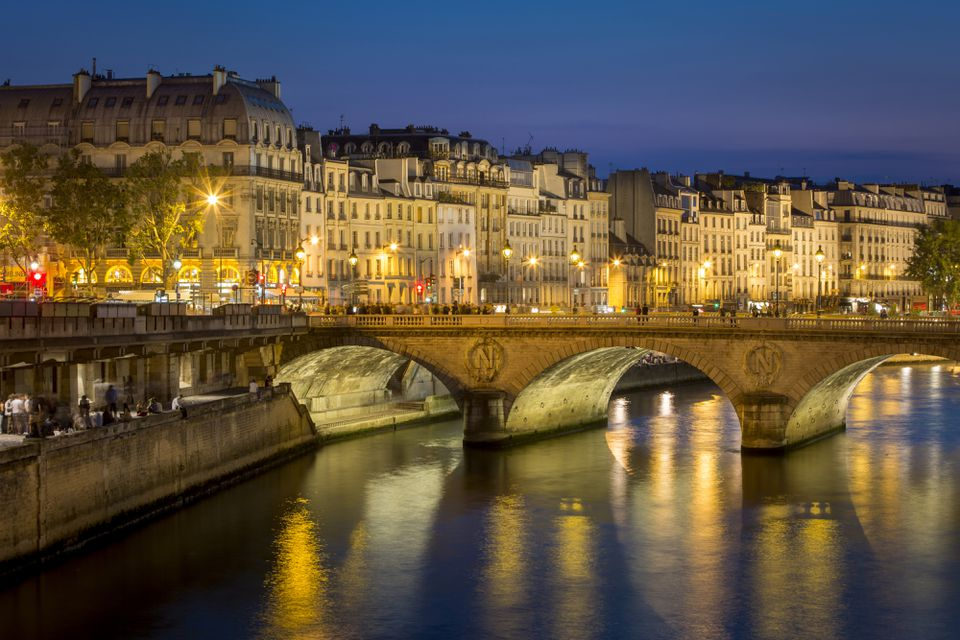 Pont Neuf and the buildings along River Seine, Paris, France