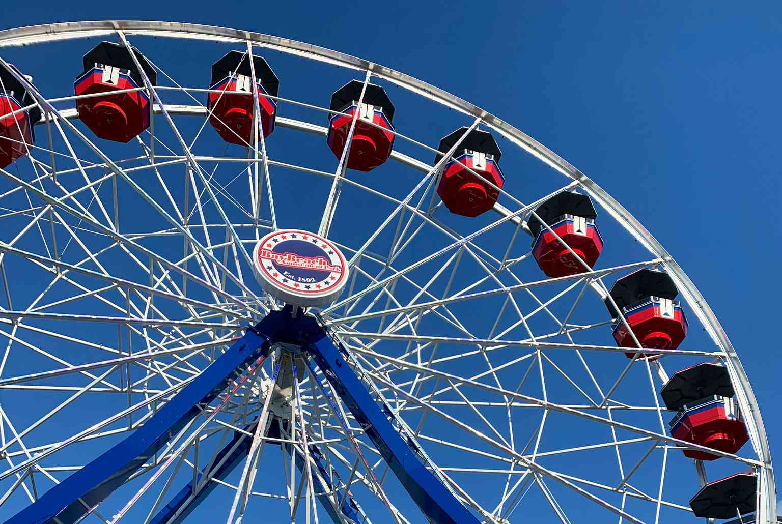 Wheel at Bay Beach park