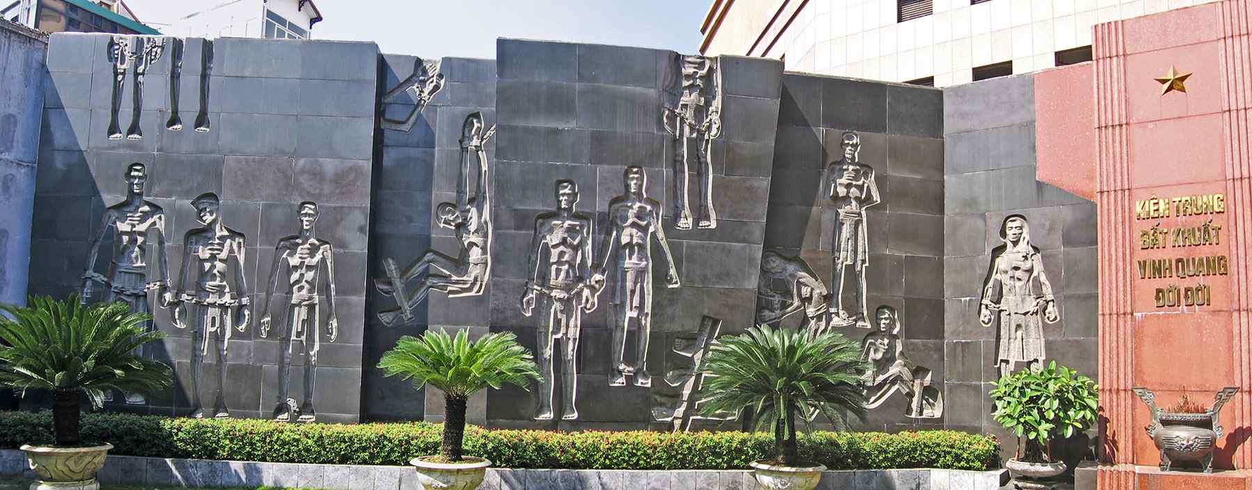 Memorial Garden, Hoa Lo Prison