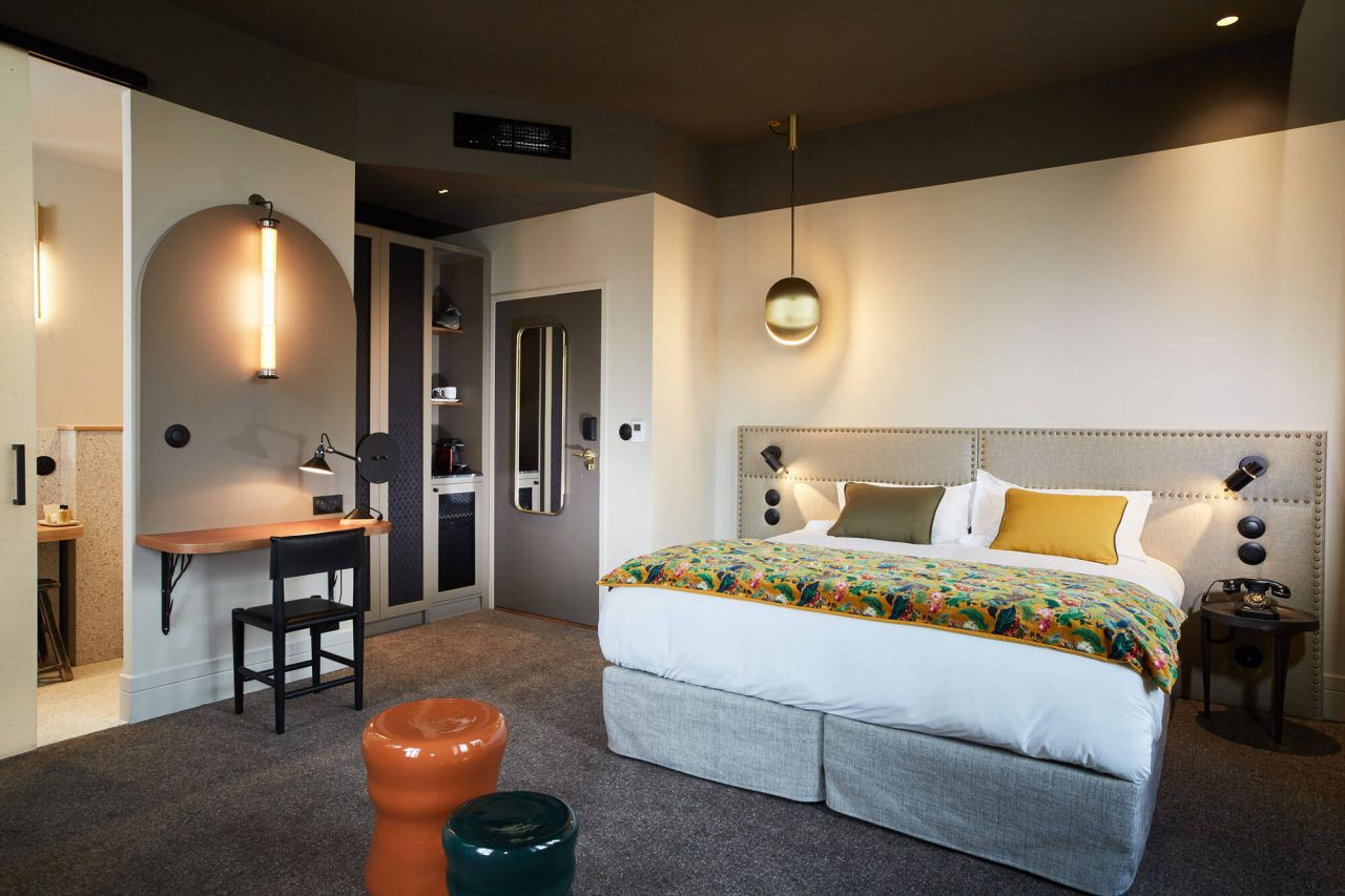 Room at Hotel de l'Abbaye, Lyon