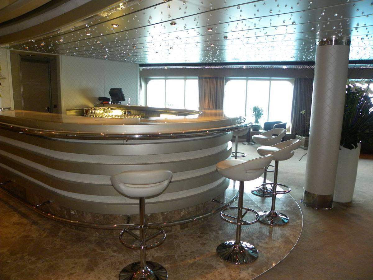 Nieuw Amsterdam - Queen's Lounge