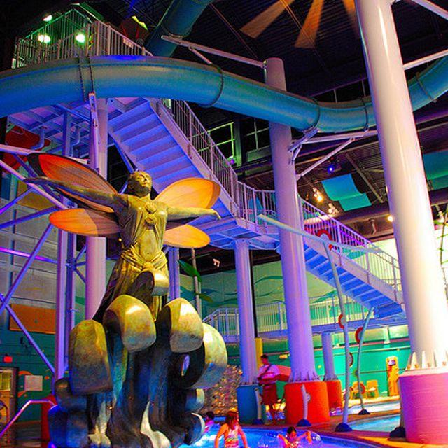 Hotel Cascada ABQ Surf N' Slide Indoor Waterpark