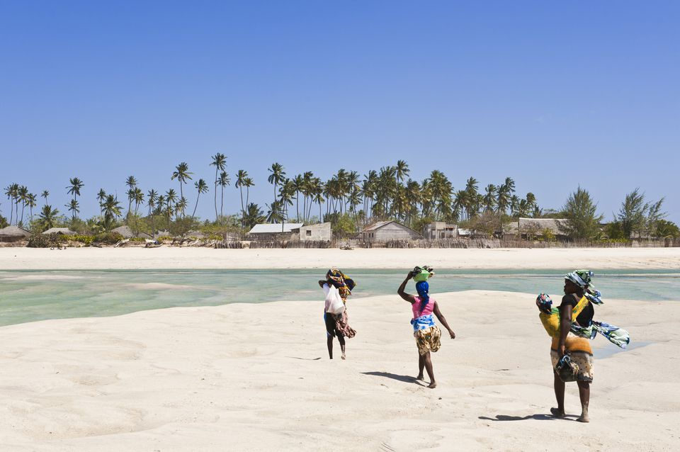 Mozambique, archipiélago de Quirimbas, caminar con la marea baja entre las islas Ibo y Quirimba