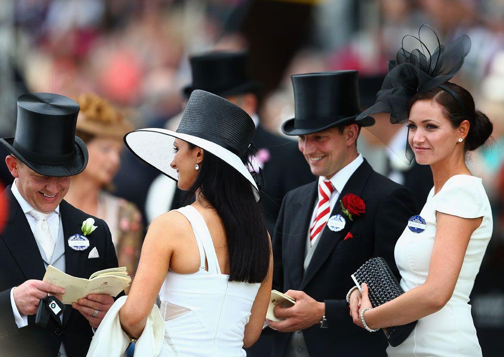 Fashionable racegoers at Royal Ascot